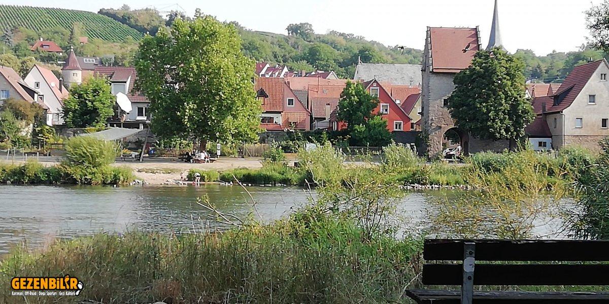 Frickenhausen 1.jpg