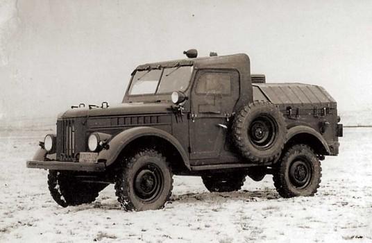 GAZ-69-APA-12.jpg